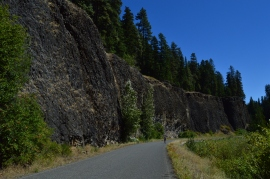 A scenic bike ride through Wenatchee National Forest