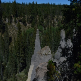 More fossil fumaroles at Crater Lake's Pinnicles area