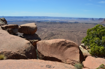 How do these big rocks end up balanced on each other? Canyonlands National Park
